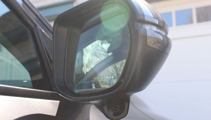 How to aim your Honda LaneWatch mirror camera by Kärin Radock.